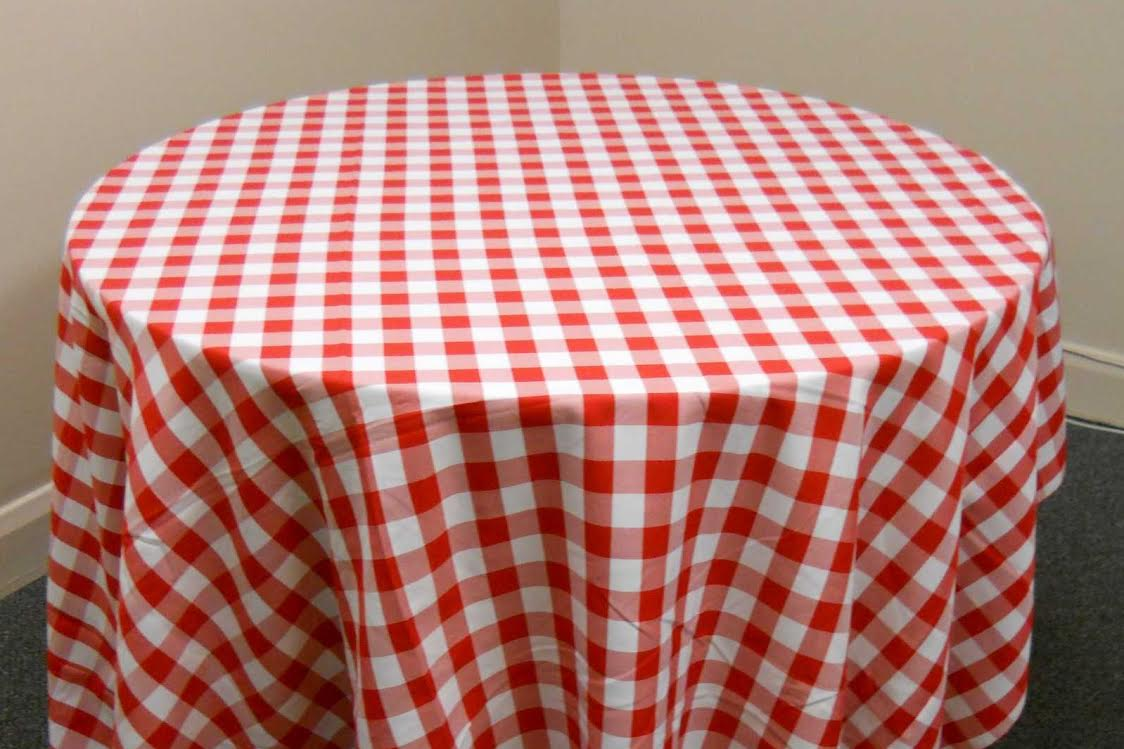 T7. Checkered Tablecloth